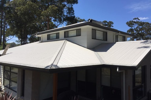 https://luminousau.s3.amazonaws.com/uploads/website_image/account/1277/preview_Hasting_Roof_Cleaning_After.jpg
