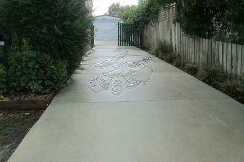 https://luminousau.s3.amazonaws.com/uploads/website_image/account/174/preview_Concrete_Driveway_Cleaning_Services.jpg