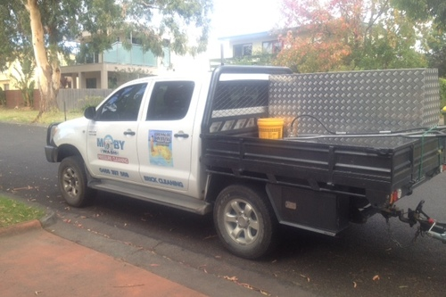 https://luminousau.s3.amazonaws.com/uploads/website_image/account/324/preview_Gippsland_Pressure_Cleaning_Truck.jpg