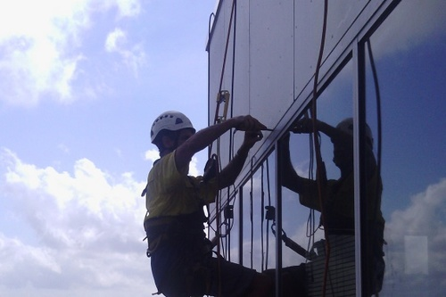 Rope_Acces_Building_Maintenance_Cleaning_Darwin.jpg