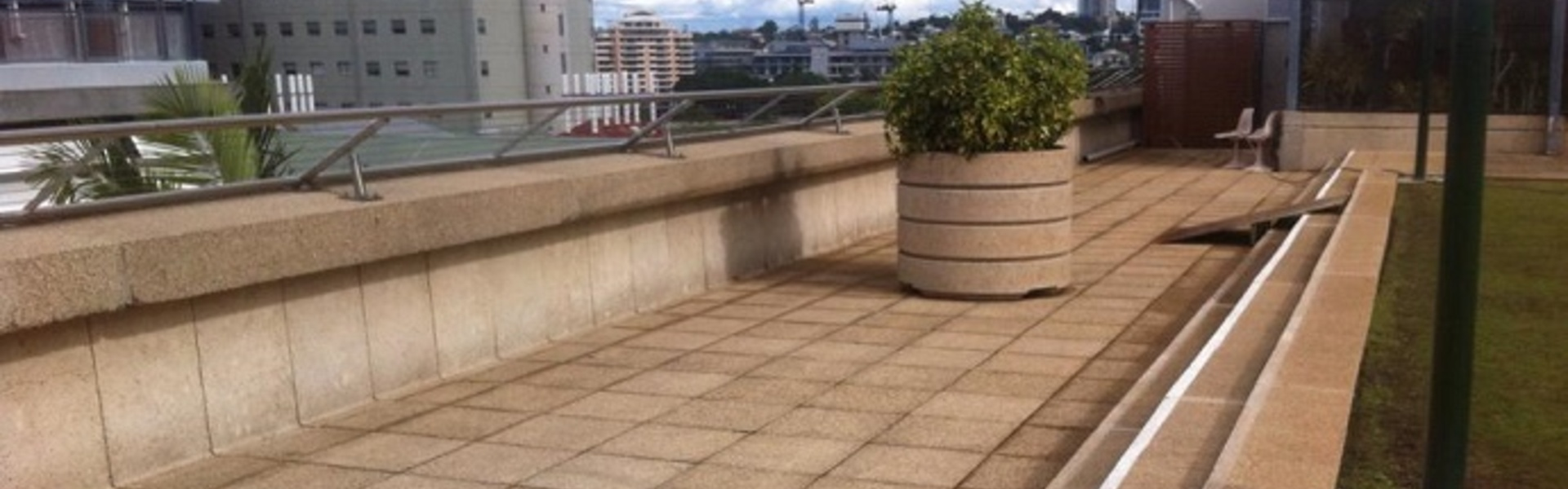 Building_Roof_Top_Paver_Mould_Cleaning.jpg