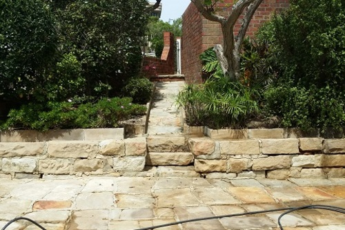 Sandstone_driveway_pathway_steps_and_wall_cleaning.jpg