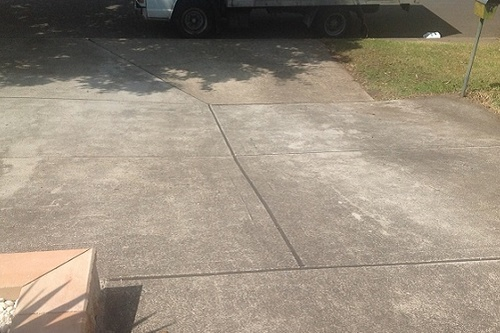 concrete-driveway-before-clean-paint.jpg