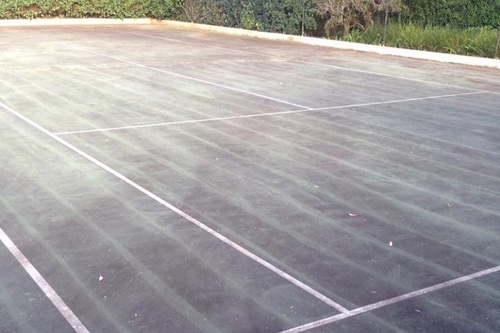 https://luminousau.s3.amazonaws.com/uploads/website_image/category_element/1917/preview_Tennis_Court_Needing_Cleaning.jpg