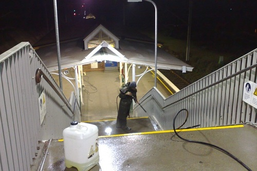 https://luminousau.s3.amazonaws.com/uploads/website_image/category_element/1935/preview_Train_Station_Stairway_Cleaning.jpg