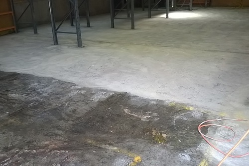 https://luminousau.s3.amazonaws.com/uploads/website_image/category_element/436/preview_Concrete_Floor_Grinding_Before_And_After.jpg