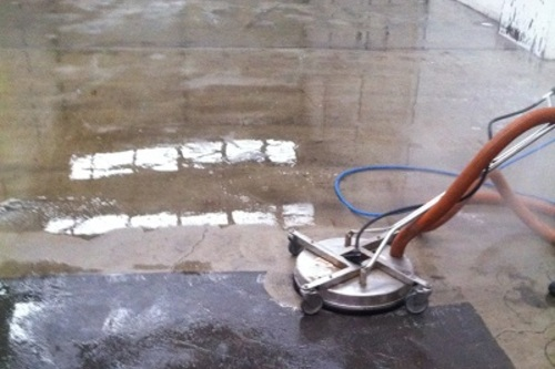 https://luminousau.s3.amazonaws.com/uploads/website_image/category_element/625/preview_Concrete_cleaning_using_vacuum_recovery_of_waste_water.jpg