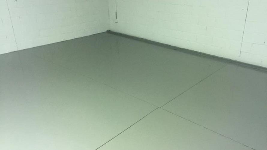 Concrete_Garage_Floor_after_painting_Port_Macquarie.jpg