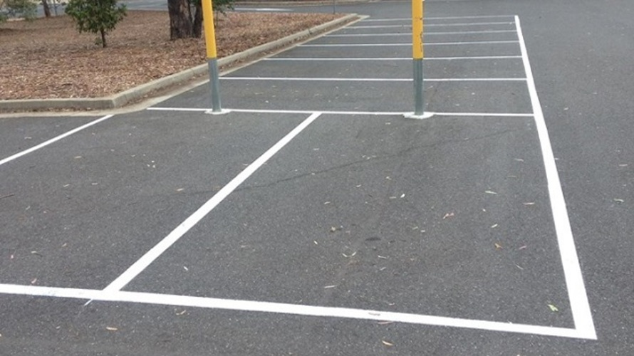 carpark_linemarking_albury_nsw.jpg